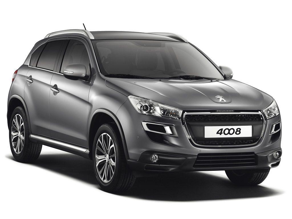 2012 Peugeot 4008. В профиле обеих новинок без труда идентифицируется Mitsubishi ASX